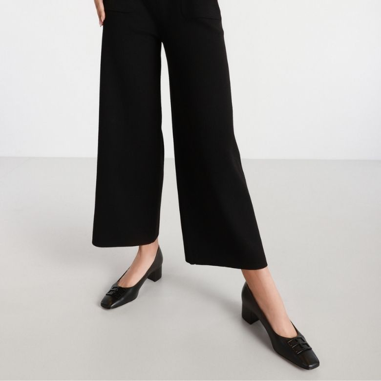 Minimalizam u ljetnoj garderobi nikad nije izgledao bolje: Donosimo top modele koji će obilježiti sezonu ispred nas