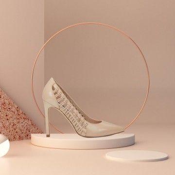 Ljetni komadi obuće koje vrijede uloviti na sniženju